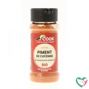 Cook Cayennepeper gemalen